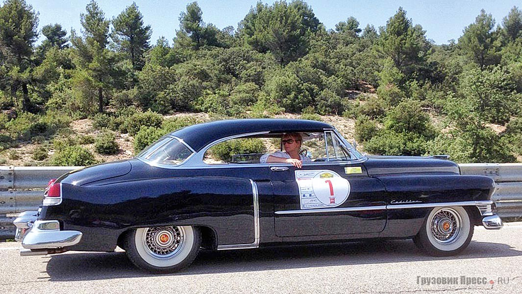 Cadillac Series 61 Coupe SWB