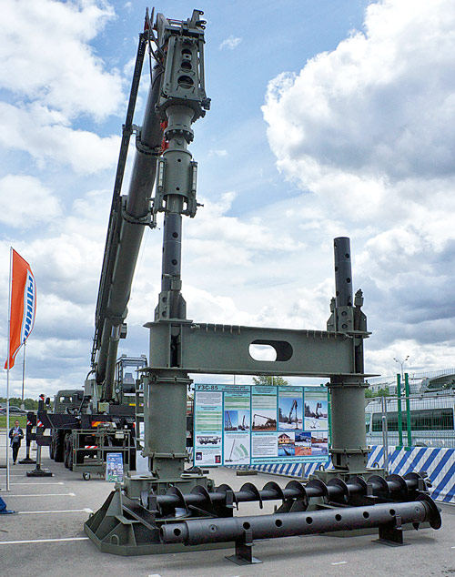 Installation for screwing screw piles ACL-85 on the chassis KAMAZ-6350